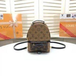 🆕LOUIS 💜VUITTON✨ L-V Palm Springs Mini Backpack